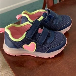 Carters Toddler Girls light up shoes size 7